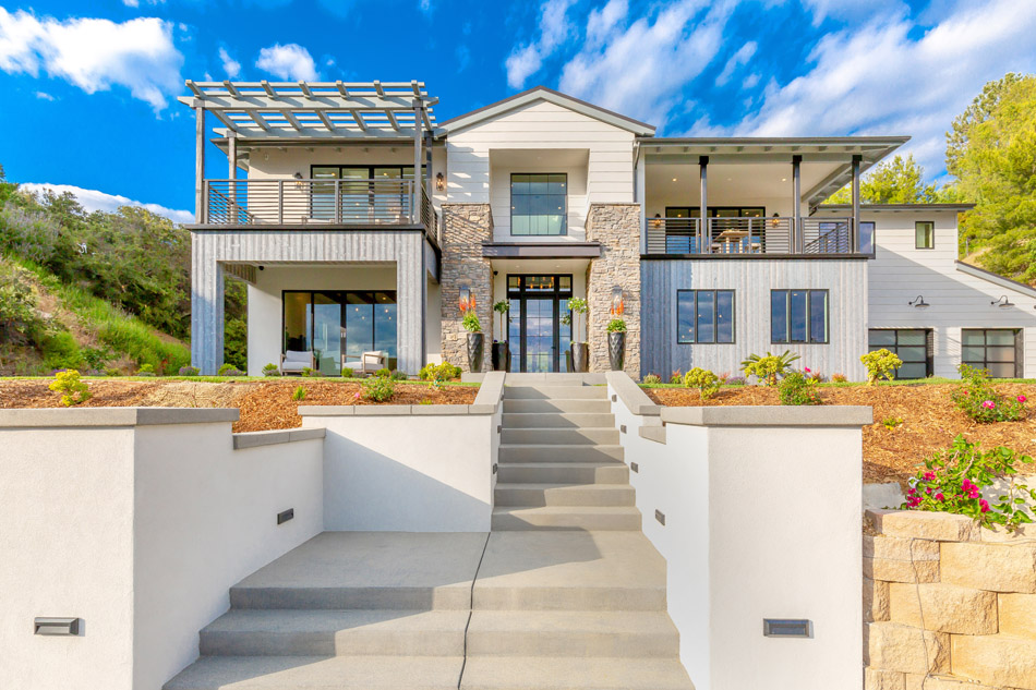 36ddc214e Past Winners - 2014 - Special Olympics Southern California Dream House  Raffle